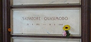 Salvatore Quasimodo - Quasimodo's grave at the Cimitero Monumentale in Milan in 2015
