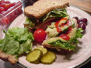 French dressing - Image: Sandwich with Catalina dressing