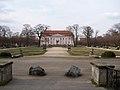 Schloß Friedrichsfelde – East (1).JPG
