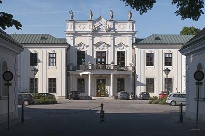 So kommt man zu Schloss Hetzendorf mit den Öffentlichen - Mehr zum Ort Hier