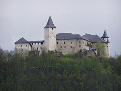 Schloss Strassburg Kaernten.jpg