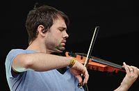 Seb Dilleyston (Duologue) (Haldern Pop Festival 2013) IMGP6015 smial wp.jpg