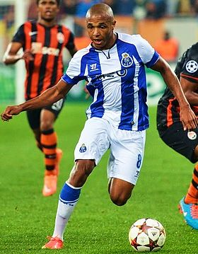 Image illustrative de l'article Yacine Brahimi