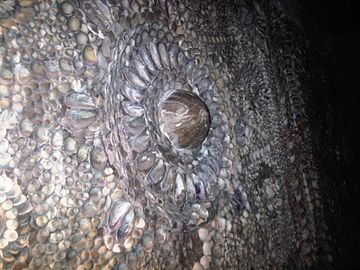 Shell Grotto, Margate, Kent 19 - 2011.09.17.jpg