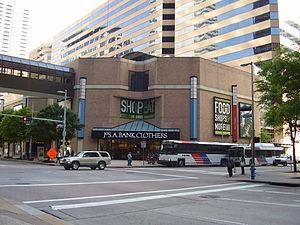 ShopsatHoustonCenter2013pic.JPG