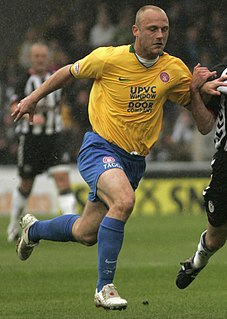 Simon Mensing English footballer