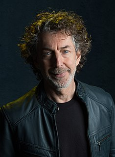 Simon Phillips (drummer) English drummer (born 1957)