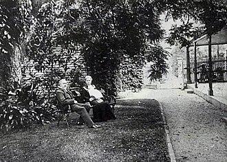 Coolangatta Estate - Sir John and Lady Jessie Hay at Coolangatta.