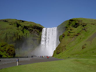 Skógafoss - Image: Skogafoss from below