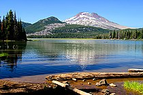 Sparks Lake (Deschutes County, Oregon scenic images) (desDB3262).jpg