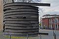 Spitzer-Spirale, Kennedyplatz, Essen.JPG