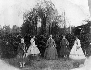 StateLibQld 1 159556 Group of women and girls ...