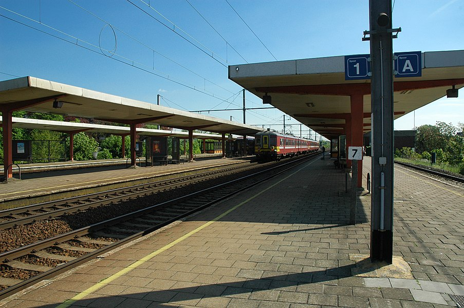 Platforms and tracks at the Lokeren Railway Station, Belgium.