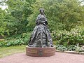 Staty av Maria Alexandrovna i Mariehamn (landscape).jpg