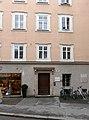 Stolperstein Salzburg, Wohnhaus Kaigasse 20.jpg