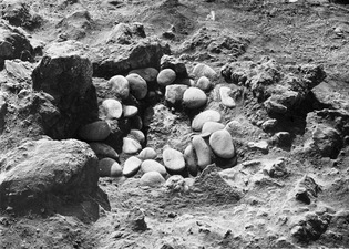 Stolphål 1, period III. Petra Tou Limniti - SMVK - C01691.tif