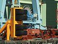 Stralsund, jižní přístav, ochrana před nabouráním lodi.JPG