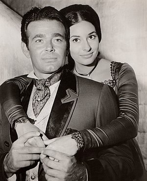 The Comancheros (film) - Image: Stuart Whitman Ina Balin in The Comancheros