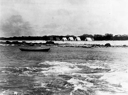 Tanager Expedition tent camp in 1923 at Wake Island, established on the eastern end of Wilkes Island Tanager Expedition tent camp at Wake Island, 1923.jpg