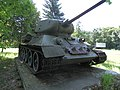 Tank T34 na Dargove.jpg