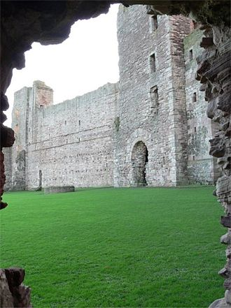 Under the Skin (2013 film) - Image: Tantallon castle 1