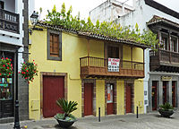 Teror - house with Aeonium (1)