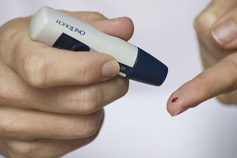 File:Testing Blood Sugar Levels.jpg