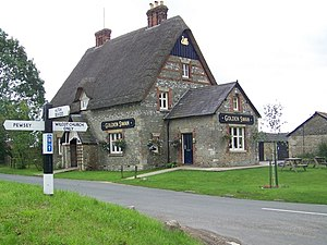 Wilcot - Image: The Golden Swan, Wilcot geograph.org.uk 1429546