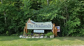 The Headlands - Entrance sign