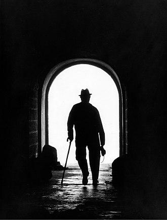 Contre-jour - Image: The Photographer