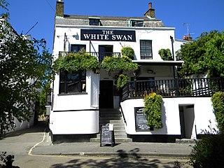 The White Swan, Twickenham pub in Twickenham, London