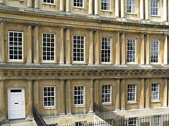 Circus (Bath) - Windows vary in size, and details by Classical order