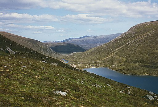The foot of Loch Avon - geograph.org.uk - 662616