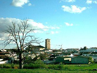 Campillo de Altobuey - General view of Campillo de Altobuey with the church tower