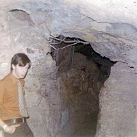 Tour guide at Cave of the Winds (1972).jpg
