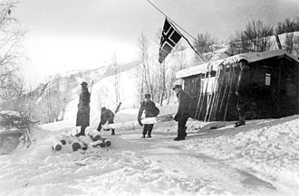Norway–Russia border - Norwegians guarding the Finland–Norway border at Skafferhullet in 1940 after the outbreak of the Winter War
