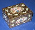 Traveling box (18th century, GIM).jpg