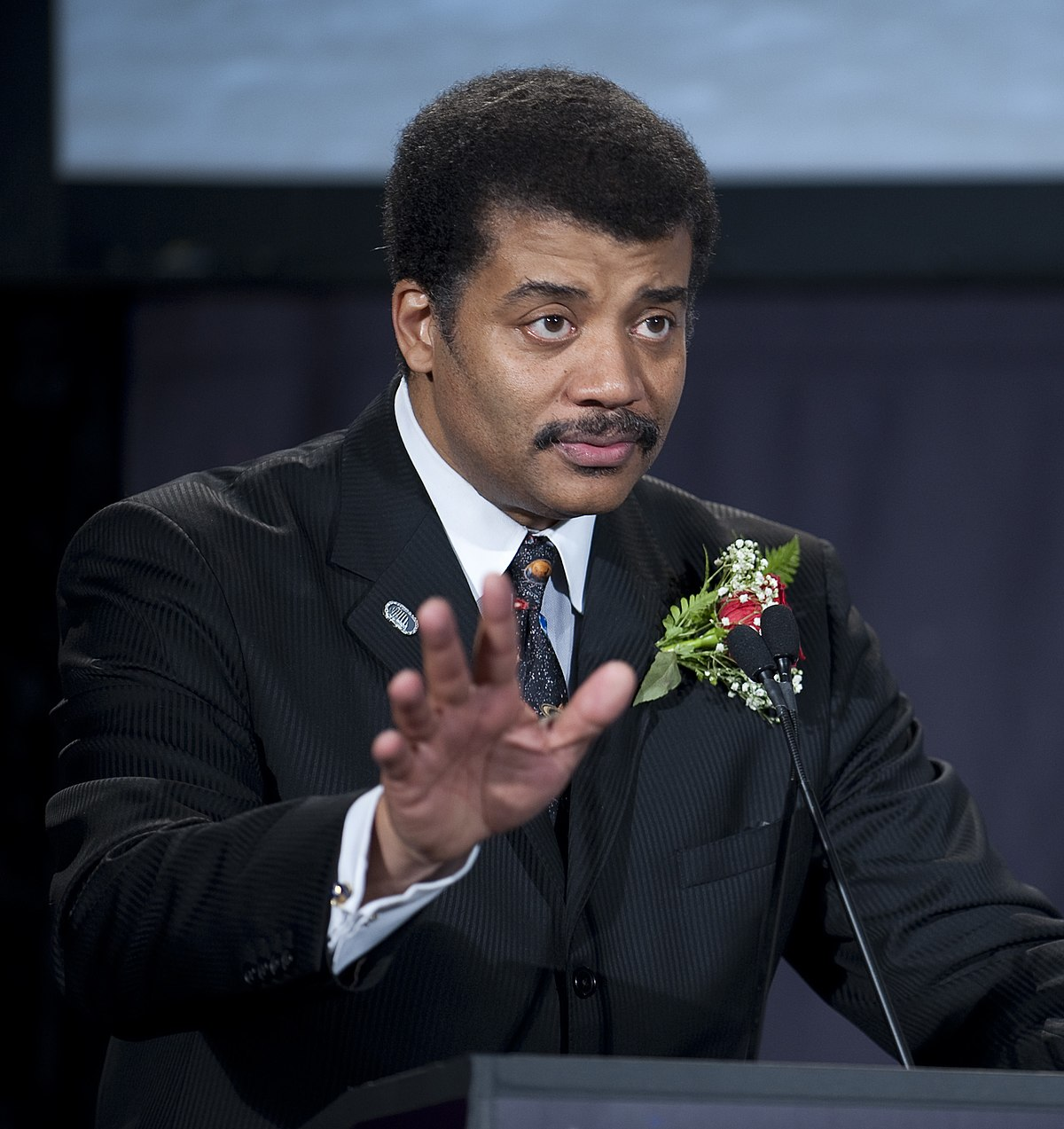 Neil deGrasse Tyson - Wikipedia