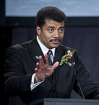 Neil degrasse tyson height