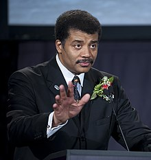 Neil deGrasse Tyson värd för 40-årsjubiléet av Apollo 11 på National Air and Space Museum i Washington, D.C. juli 2009.