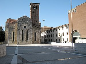 Friulian Revolt of 1511 - Piazza Venerio and the church of San Francesco. Ill lit marble indicates the planimetry of the Antonio Savorgnan palace, demolished in 1549