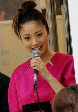 Aya Ueto - Ueto attending the iPhone 3GS launch event at the SoftBank flagship store, June 2009