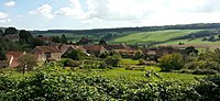 Un village de fond de vallée en Bourgogne, Echannay - panoramio.jpg