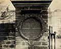 Upton House, plaque to Lord Lister on gate. Photograph. Wellcome V0027914.jpg