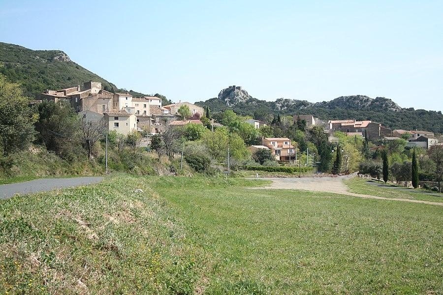 Vailhan (Hérault)- vue générale.