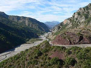 Gorges de Daluis - Looking north from the Var valley into the gorge.