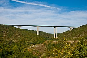 Vers Viaduct on the A20, Lot, France, Sept. 2008.jpg