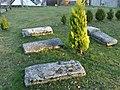 Viam pierres tombales.jpg