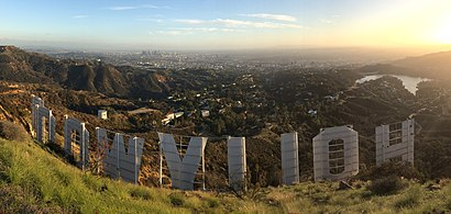 How to get to Hollywood with public transit - About the place