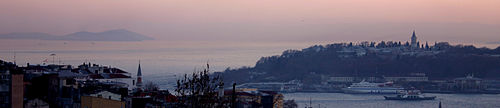 500px-View_of_Sultanahmet_and_Marmara_Sea